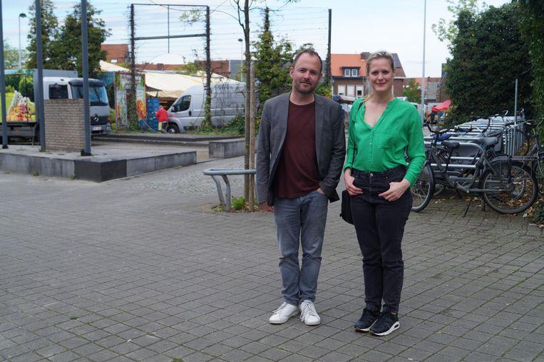 David Dessers en Eva Platteau op de wekelijkse markt in Kessel-Lo.