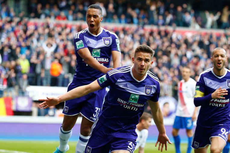 De vreugde is navenant. Anderlecht wint van Club en is op weg naar een nieuwe titel.