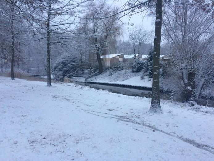 Sneeuw bij de Genderbeemd.