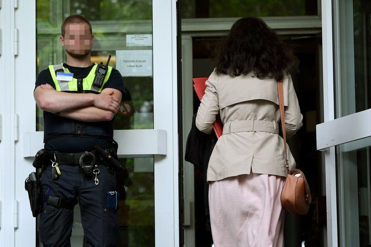 De lokale politie voert vanaf 1 januari geen toegangscontrole meer uit aan het hof van beroep.
