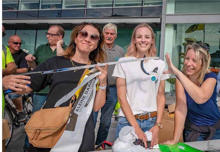 Meter Siska Schoeters, schepen Van Britsom en Ellen van Ekobie op het eerste XL Schoonmaak Event.