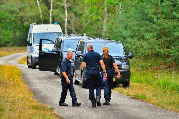 Vorig jaar juli stroomde politie toe in de Genneper Parken waar een toeriste was verkracht. De dader sloeg een paar dagen later opnieuw toe en blijkt uiteindelijk zeker tien slachtoffers te hebben gemaakt, het merendeel 13, 14 jaar oud.