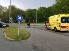 Twee auto's botsen in Wageningen, één gewonde