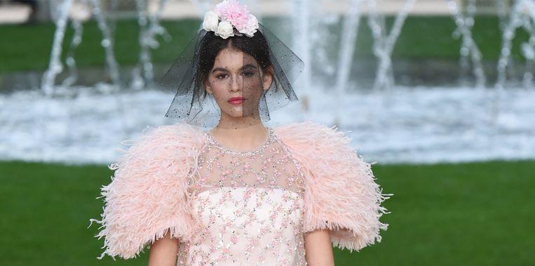 Kaia Gerber op een show van Chanel.