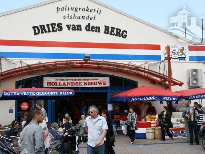 De huidige zaak van Dries van den Berg, aan de Burgemeester de Meesterstraat.