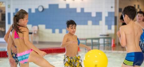 Fanatisme tijdens voorrondes NK watervoetbal in Enschede