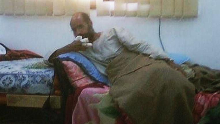 Het enige beeld dat er tot dusver van de gearresteerde Saif al-Islam is gepubliceerd. Beeld reuters