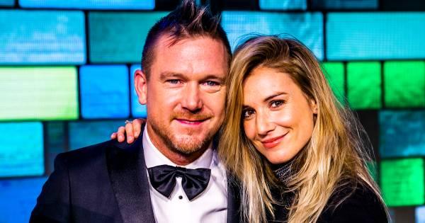 Johnny En Anouk Brengen Lockdown Door Met Haar Ex En Zijn Vriendin Dankbaar Dat Wij Een Grote Familie Zijn Show Ad Nl