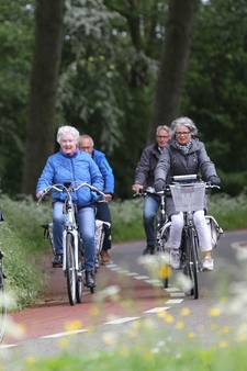 Poldertocht verkent nieuwe fietspaden