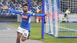 LIVE. Knotsgekke Coppa-wedstrijd! Insigne zet Napoli op voorsprong, Immobile mist penalty en twee spelers pakken rood