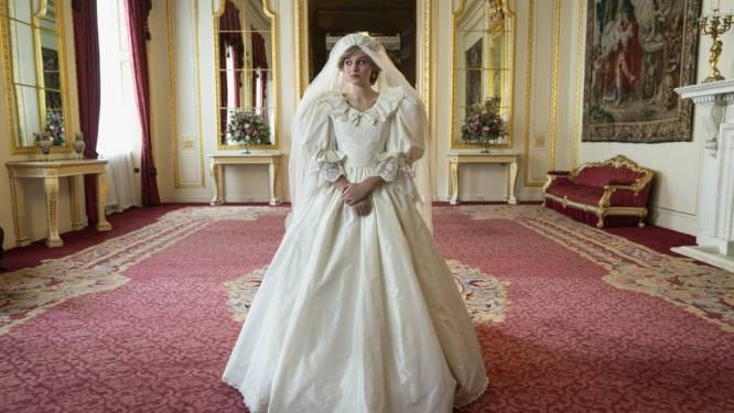 """Trouwjurk van prinses Diana nagemaakt voor nieuw seizoen van The Crown """"Vier maanden werk, duizenden euro's"""""""