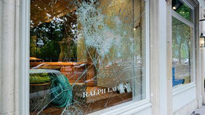 """Brussels burgemeester Close: """"Stad zal schade door plunderingen bij winkeliers vergoeden"""""""