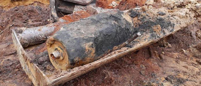 De bom die gevonden werd in de Mariapeel.