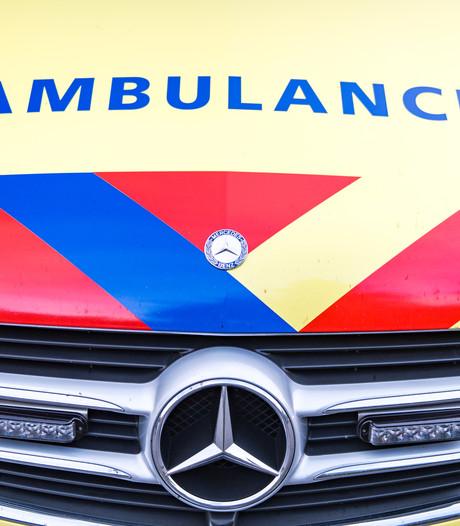 19-jarige vrouw zwaargewond in ziekenhuis na scooterongeluk in Zevenaar