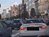 Roekeloze trouwstoet in Antwerpen aangehouden door politie
