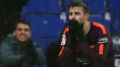 Piqué voorkomt in Catalaanse derby eerste verlies Barça met late kopbalgoal
