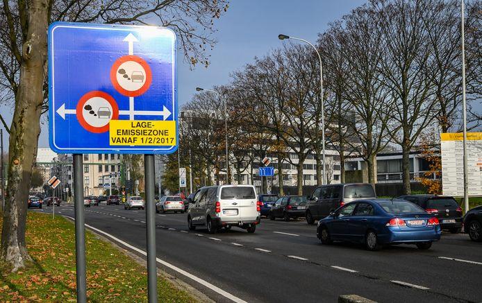 Lage emissie zone borden in Antwerpen