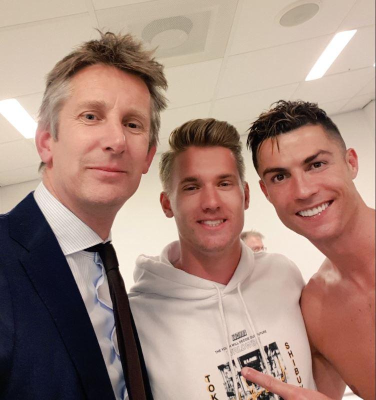 Edwin van der Sar met zoon Joe en Cristiano Ronaldo