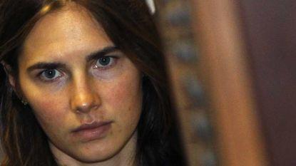 Amanda Knox werd verdacht van seksmoord. Nu verdient ze sloten geld door erover te praten