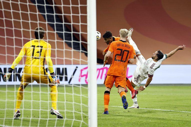 Tim Krul in het doel tijdens de oefeninterland tegen Mexico. Beeld ANP