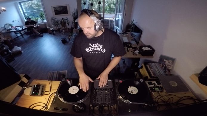 DJ Vindictiv (Chris Smith)