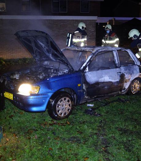 Voor de tweede dag op rij brandt een auto in De Krim uit