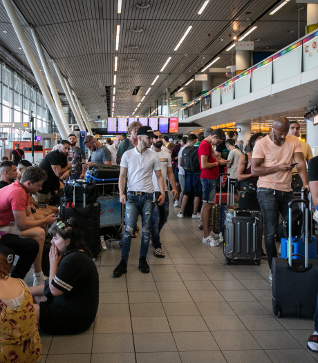 Proefproces rond compensatie passagiers na brandstofstoring Schiphol