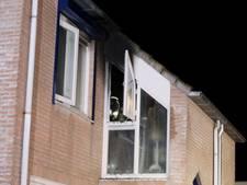 Stekkerdoos vat vlam en richt veel schade aan in woning in Vinkel