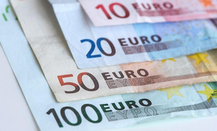 Eurobiljetten, foto ter illustratie