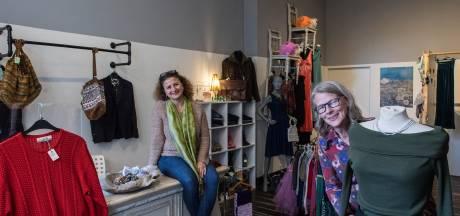 Wereldse Kleuren: winkelen en ontmoeten in Tiel voor en door vrouwen