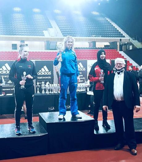 Marjolijn Abbink uit Hengelo pakt nationale titel taekwondo