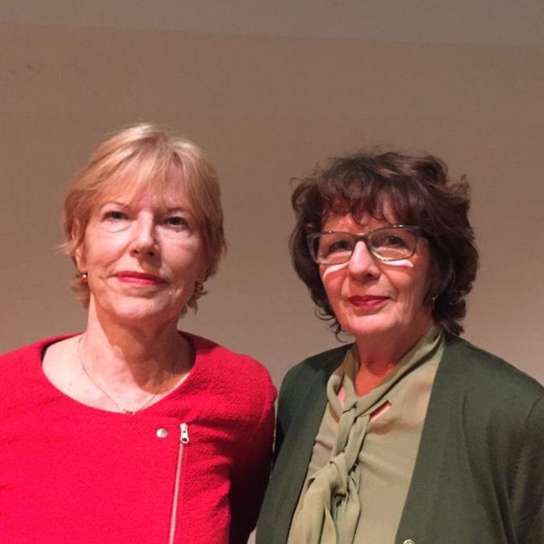 Henny (l) en Maia Swaanswijk, dochters van Lucebert. Beeld null