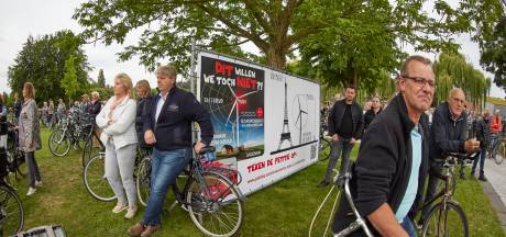 Needse stichting tekent brief aan minister Wiebes 'Zonder subsidie geen XXL-windmolens!'