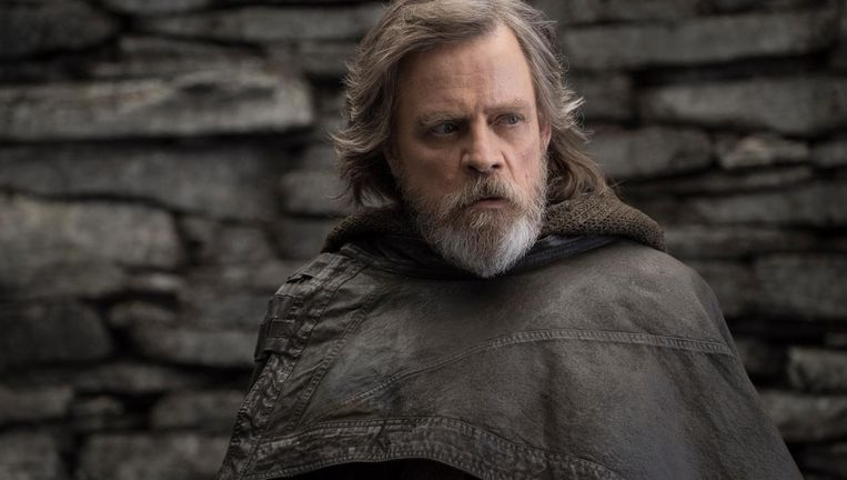 Mark Hamill als Luke Skywalker in The Last Jedi. Beeld null