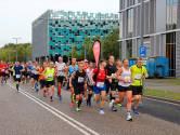 TERUGLEZEN | Tienduizenden mensen in Eindhoven voor marathon, Mutai en Chepleting winnen