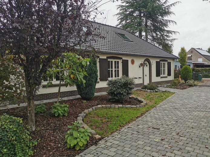 Het huis in Zoersel (B.) waar Wanda van R. woonde, een van de verdachten rond de verdwijning van Johan van der Heyden. De politie gaat ervan uit dat de loodgieter op de avond van zijn verdwijning naar dit adres is gereden.