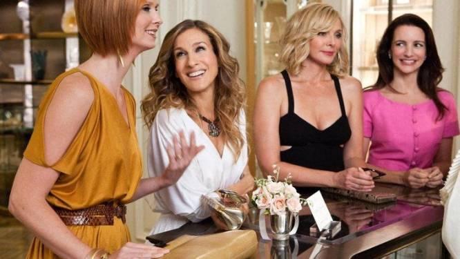 Jarenlang vriendinnen op het scherm maar niet in real life: zo ontstond de vete tussen Sarah Jessica Parker en Kim Cattrall