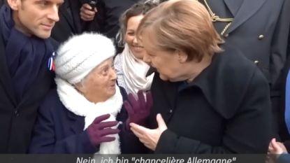 """""""Bent u madame Macron?"""" Dametje van honderd jaar ziet Merkel aan voor echtgenote van Franse president"""