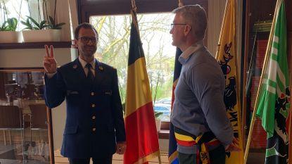 Koen Van Poucke legt eed af als korpschef van politiezone Puyenbroeck