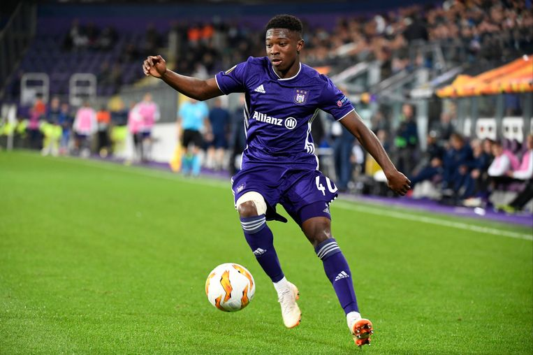 Amuzu, hier aan het werk met Anderlecht, scoorde de enige goal.