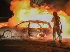 Auto brandt uit op carpoolplek tussen Urk en Nagele