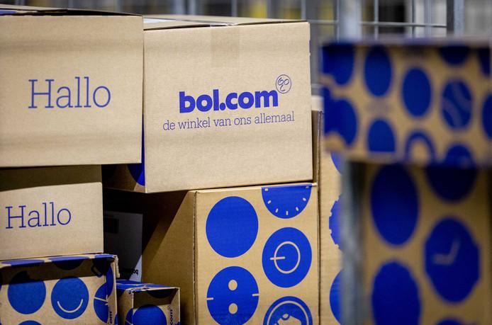Een pakketje van Bol.com.