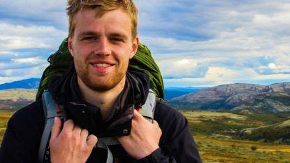 """""""Ik dacht echt dat ik daar zou sterven"""": Sander (25) moet zich bijna uur lang vastklampen aan ijsklomp na metersdiepe val van Mont Blanc"""