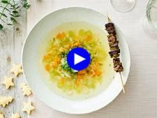 Transformez une soupe aux légumes en entrée festive d'un coup de baguette (ou brochette) magique