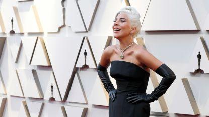 Lady Gaga ontkent zwangerschapsgeruchten