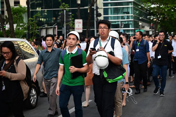 Als gevolg van de beving werden in Manila tal van inwoners geëvacueerd.