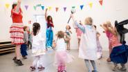 Speelpleinwerking Weyneshof bouwt kapel om tot polyvalente ruimte voor kleuters