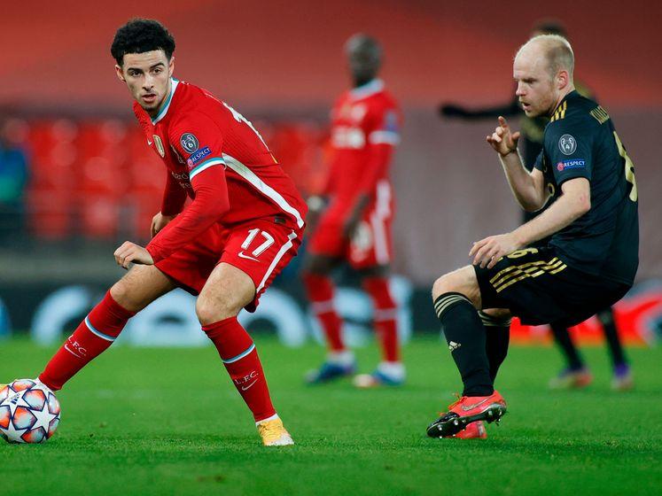 Ajax komt goed weg: Jones raakt de paal namens Liverpool