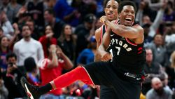 Toronto plaatst zich als eerste voor play-offs, Houston blijft winnen