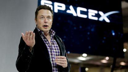 """Elon Musk: """"Kunstmatige intelligentie is gevaarlijker dan kernwapens"""""""